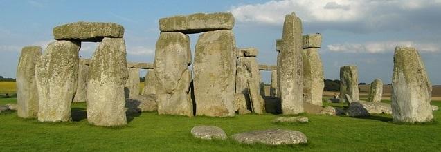 wiltshiredrinkfests-stonehenge